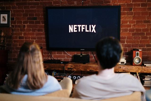 Netflix začal kontrolovat, zda uživatelé tarifů žijí v jedné domácnosti