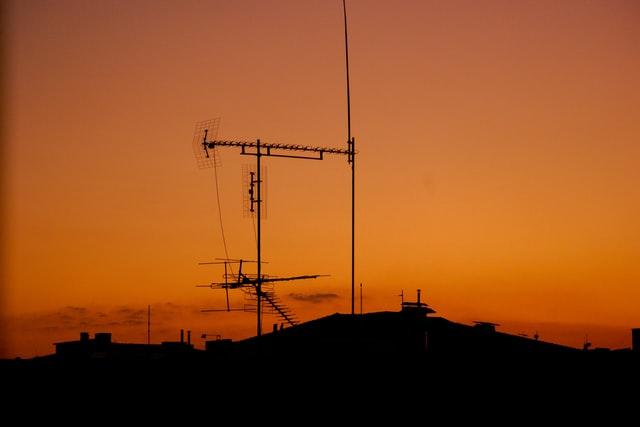 ČTÚ při březnových kontrolách zjistil závadu na televizním vysílači
