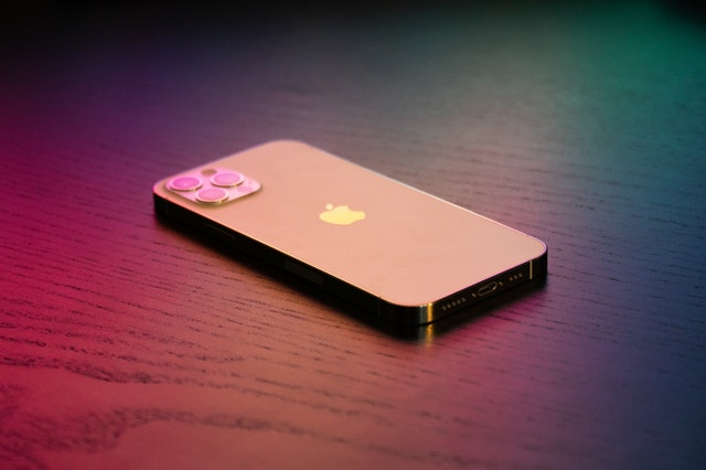 iPhone 13 bude mít displej od Samsungu