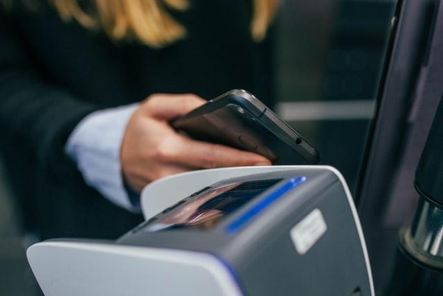 Samsung Pay bude v Česku spuštěn ještě letos