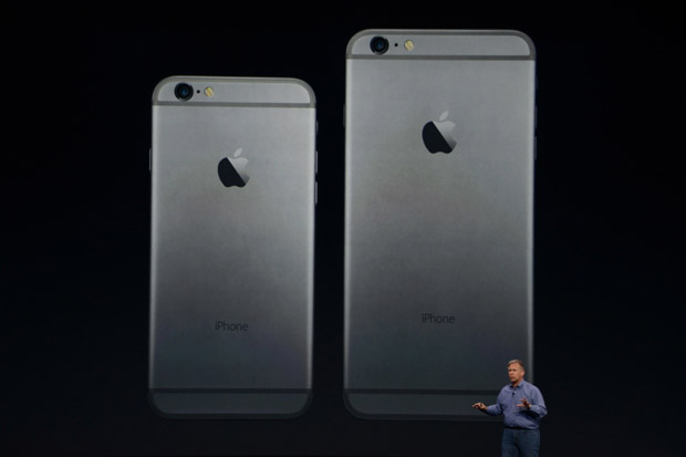 iPhone 6 a iPhone 6 Plus zezadu