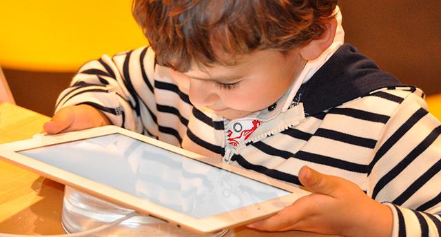 Jsou tablety či smartphony vhodné pro děti?